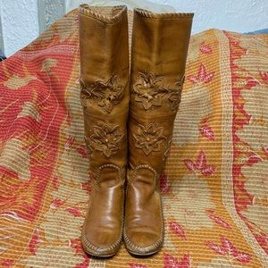 Leather Knee High Moccasin Floral Studs Boots Sz 8